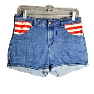 3/$15 Where's Waldo Jean Junior Short Shorts large